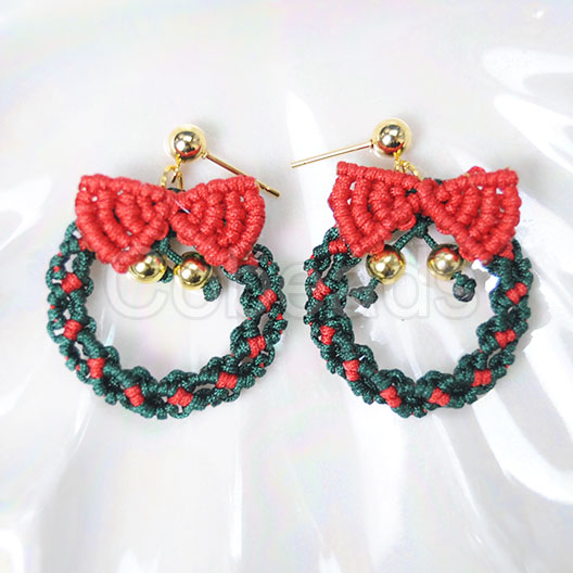 Cobeads Weekly Technique on How to Make Christmas Earrings
